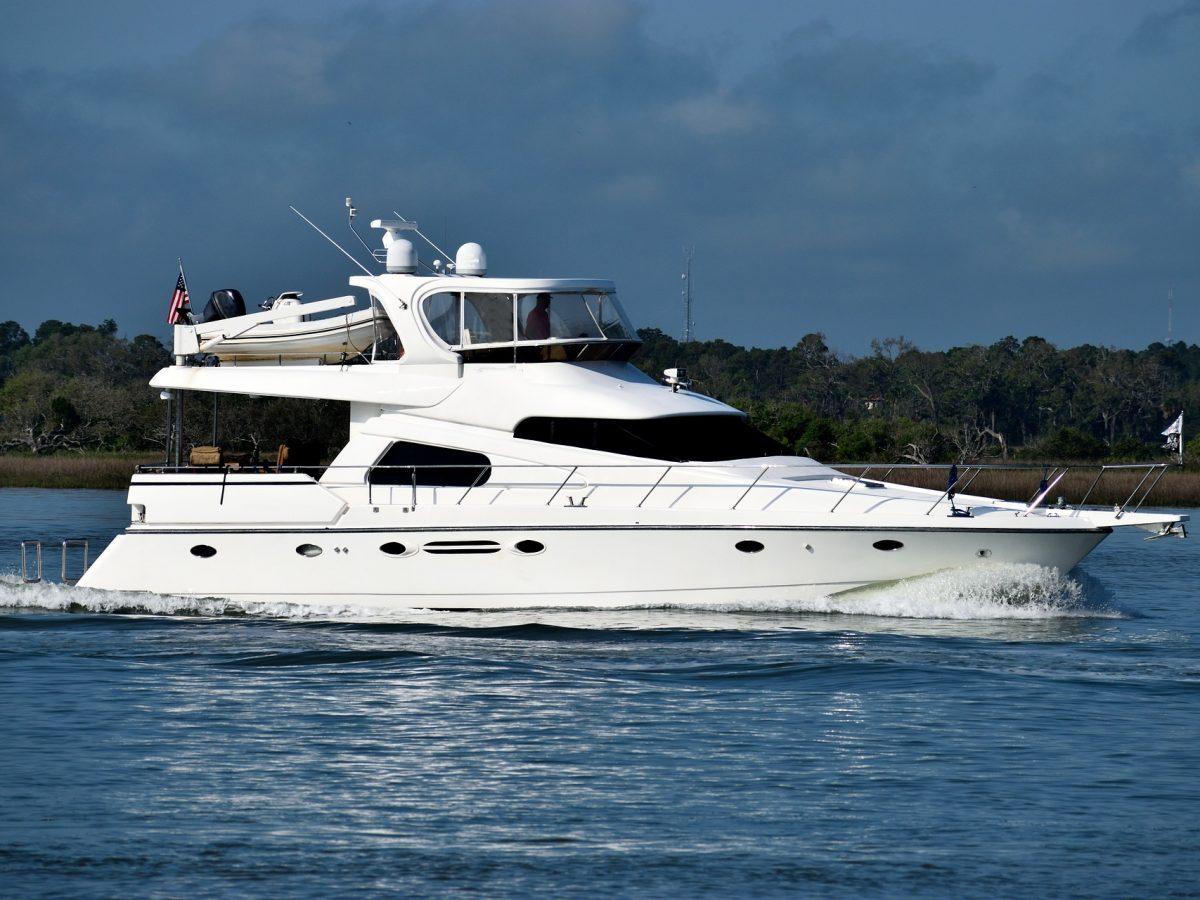 yacht13